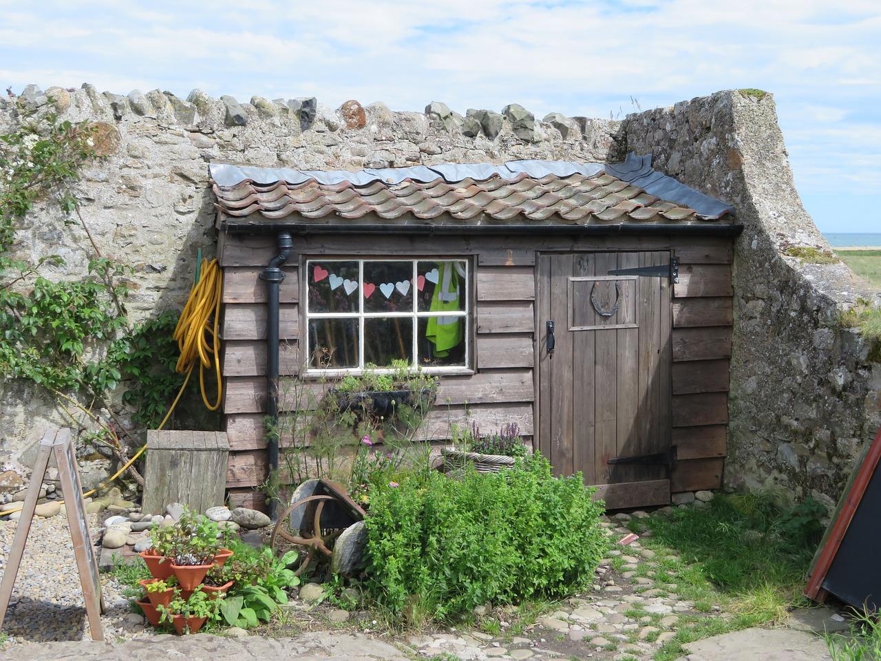 Penser à installer une cabane dans votre jardin.